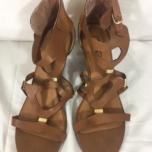 Shoes - BROWN SANDLS SIZE 8.5